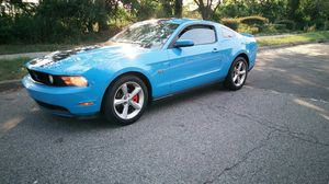 Mustang gt 2010 Miles 200k v8 5speed for Sale in Queens, NY