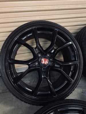 Photo Honda Civic Type R FK8 Wheels Rims Tires OEM FACTORY 2020