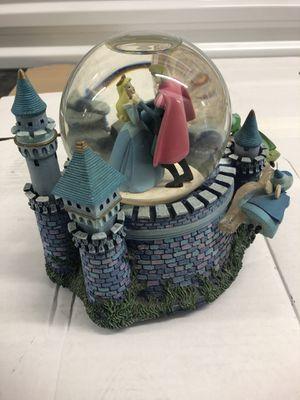 Photo Disney/ Sleeping Beauty music box and globe