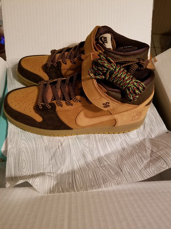 buy popular 1a7b5 f67b6 Nike sb dunk mid pro lewis marnell 10.5 for Sale in Springfield, MA -  OfferUp