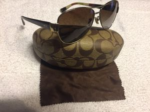 f9cf45f028 Women s Coach Sunglasses Polarized gold brown aviator for Sale in San Jose
