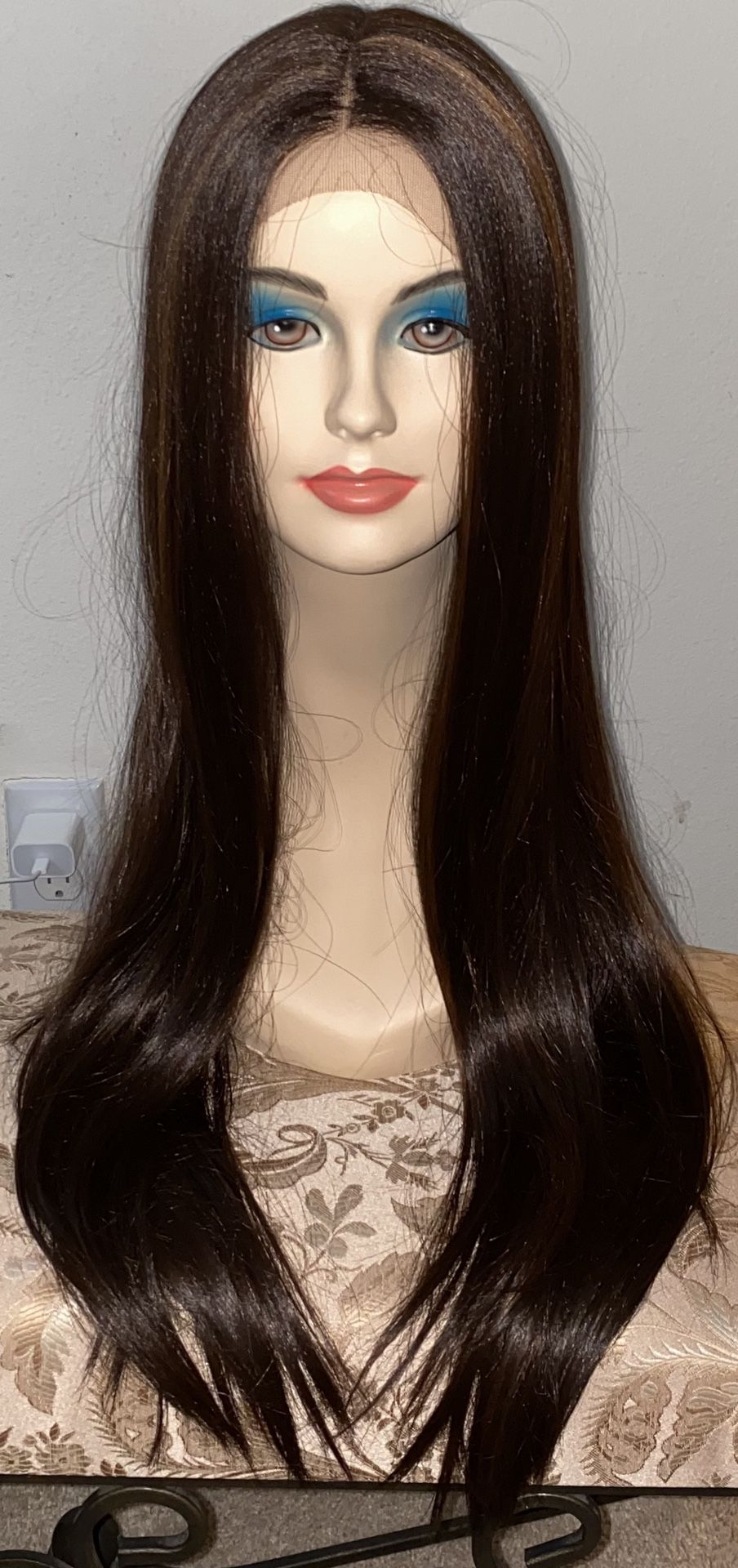 Brand New Lace Front Premium Synthetic Gorgeous Wig