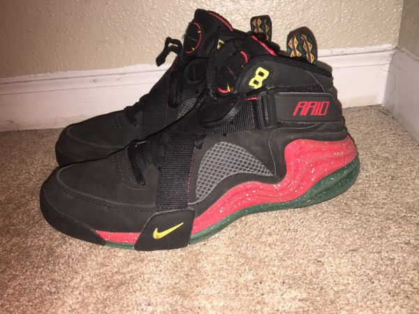 9a77c1e43b6e Nikes (Dikembe Mutombo s) for Sale in Houston