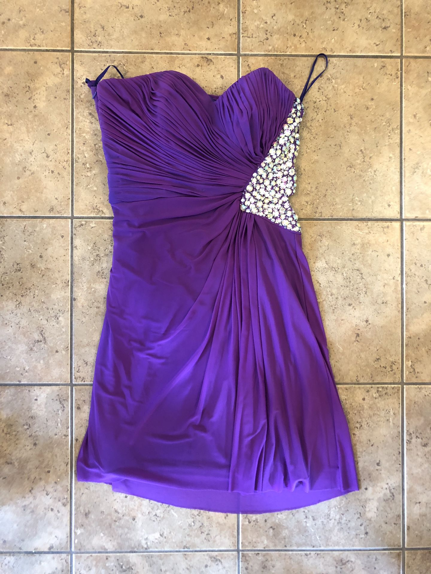 Homecoming dress - size 8