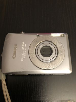 Canon power shot digital camera (no battery) for Sale in Los Angeles, CA