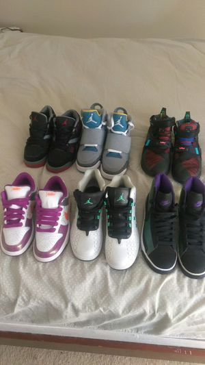 6 pares de zapatos para boys y niñas diferentes tallas for Sale in Gaithersburg, MD