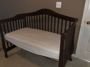 Baby Crib convertible to twin bed for Sale in Ashburn, VA