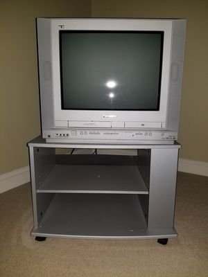 """24"""" Panasonic TV with built in DVD player and VCR with TV stand for Sale in North Potomac, MD"""