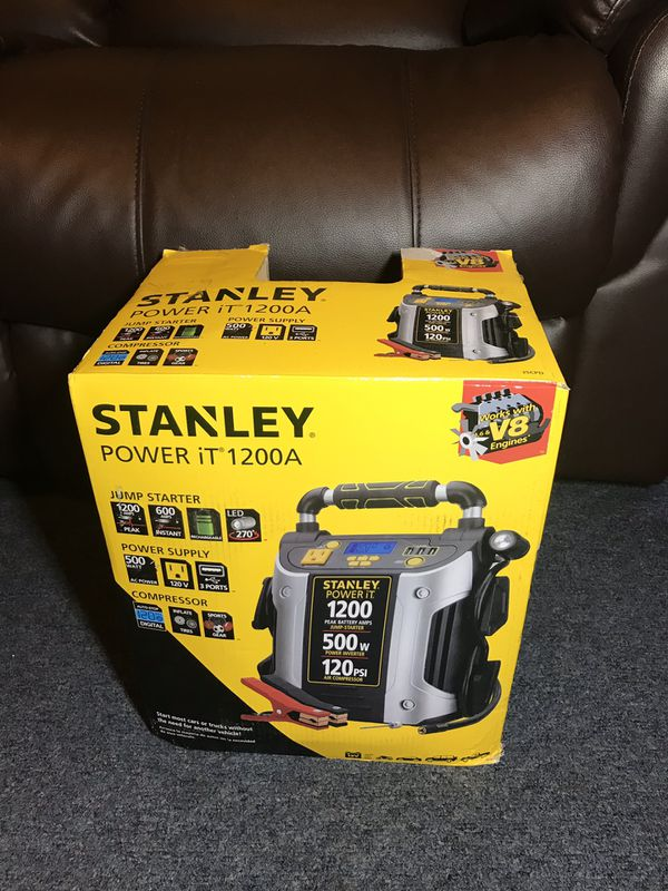 STANLEY J5CPD 1200 Peak Amp Jump Starter/ Power Station With 500 Watts  Inverter for Sale in Los Angeles, CA - OfferUp