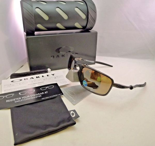 4e3d46d20db OAKLEY BADMAN POLARIZED Sunglasses Pewter Tungsten Iridium OO6020-02 BRAND  NEW