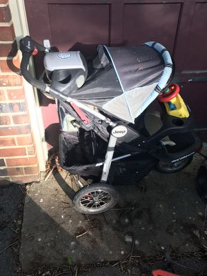 Jeep Stroller for Sale in Midlothian, VA
