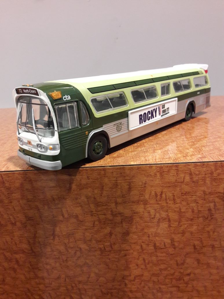 Rocky Go For it Cta Bus collectibles with mirrors (72 North-Cicero) Limited Edition Certificate