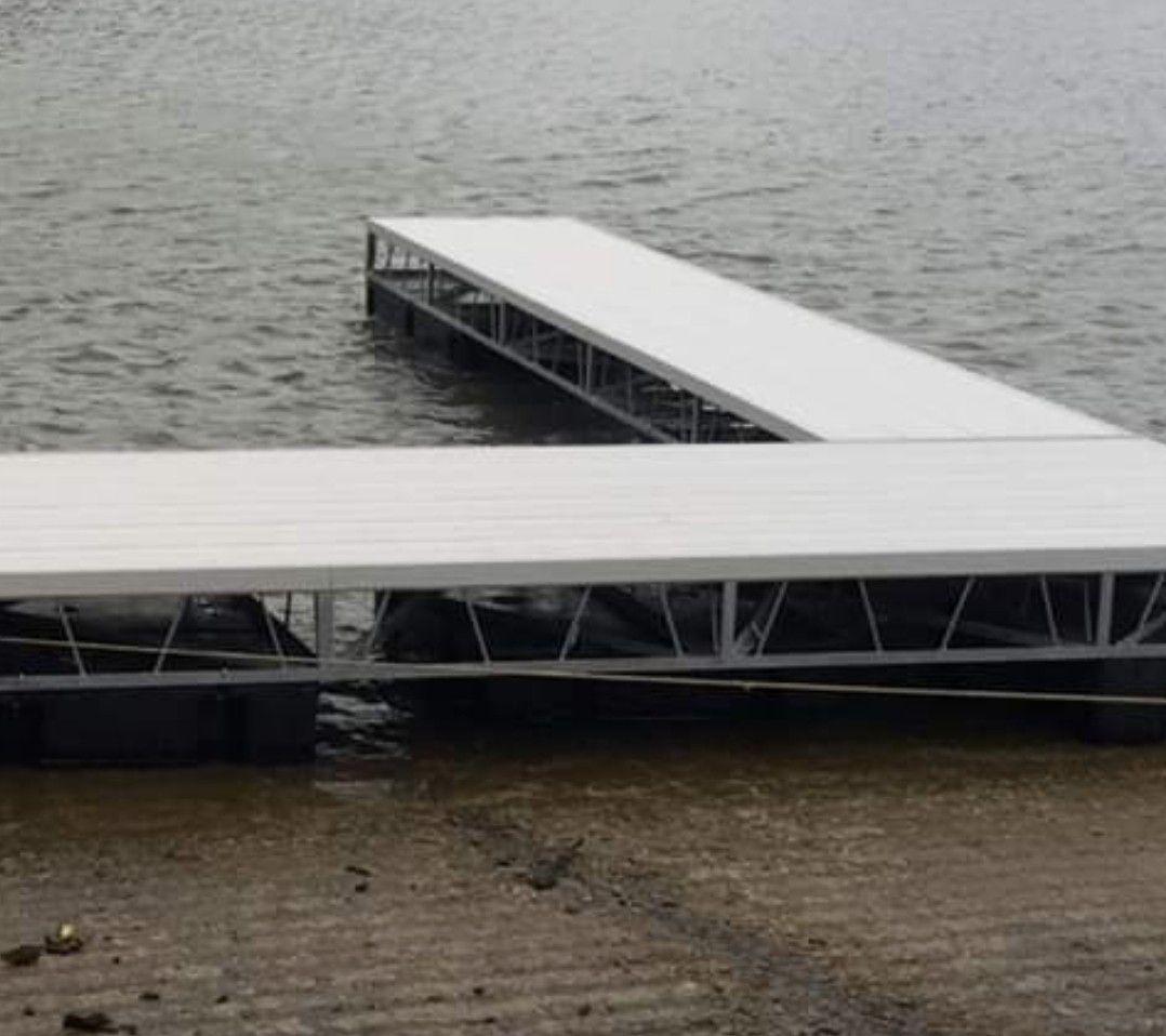 Photo Barron River Lake Boat Dock