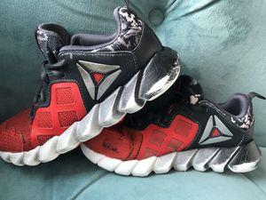 Reebok Boys Exocage Athletic GR Shoe Sneaker Size 2.5 for Sale in Alexandria, VA