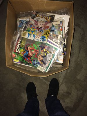 Box of D.C. comics for Sale in Sanger, CA