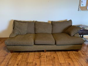 Photo Very nice in great shape Large brown sofa smoke & pet free I have two of them they can be sold as a set