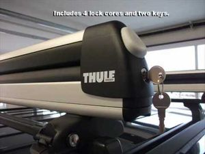 Thule Universal Pull Top 6pr w/ Locks for Sale in Salt Lake City, UT