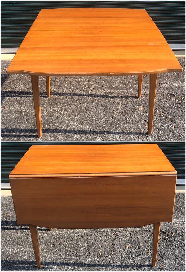 Vintage Maple Provincial Drop Leaf Dining Table For Sale In Ellicott City MD