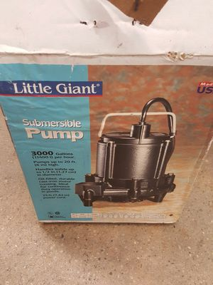 Submersible water pump for Sale in Hyattsville, MD
