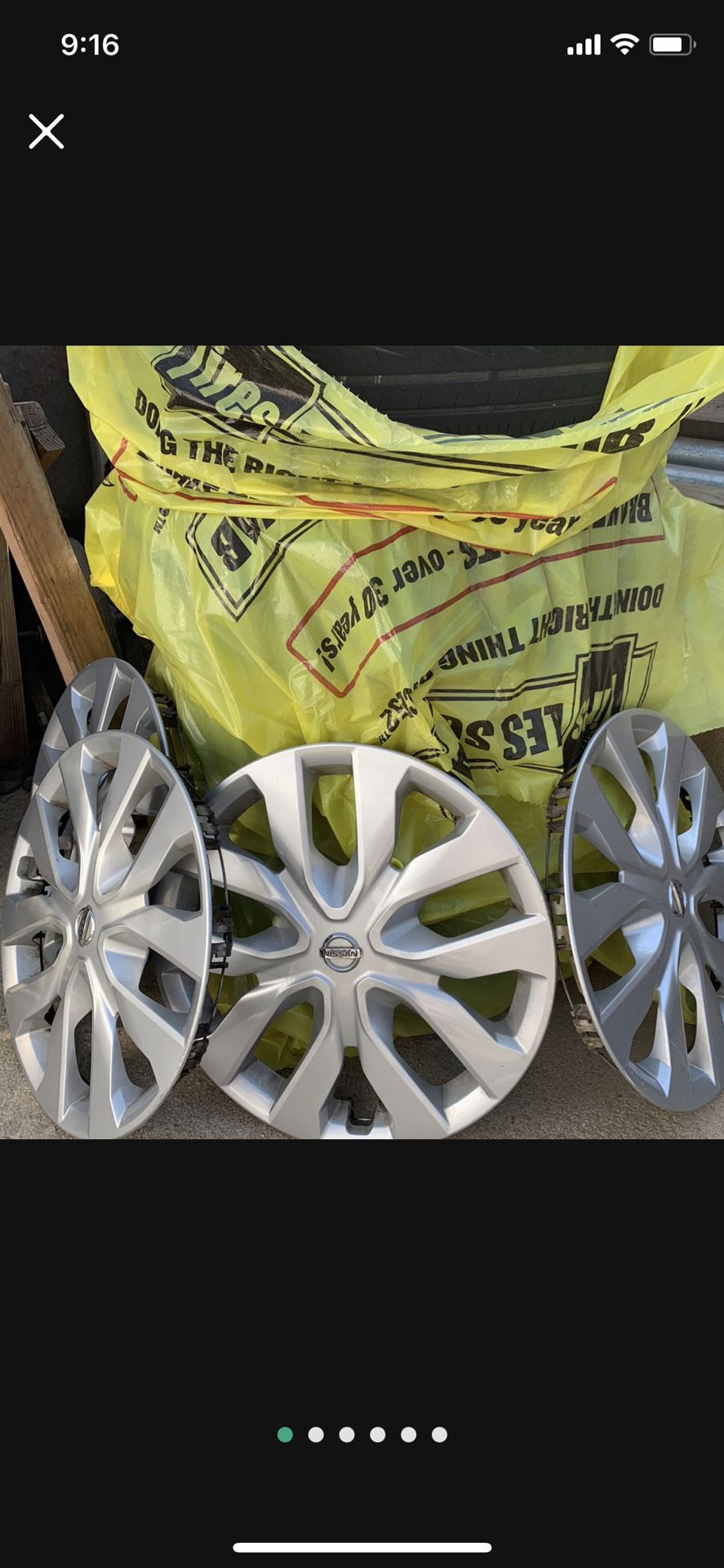 2015 Nissan Stock wheels and tires