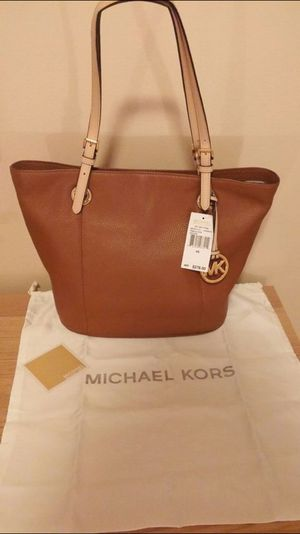 New Bag Brand MK Authentic for Sale in Adelphi, MD