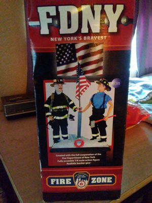 9/11/01 Tribute FDNY. Official FDNY firefighter Collectible Action Figures for Sale in Phoenix, AZ