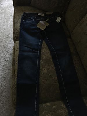 Jr pants size 3/4 waist 27 NEW for Sale in Cary, NC