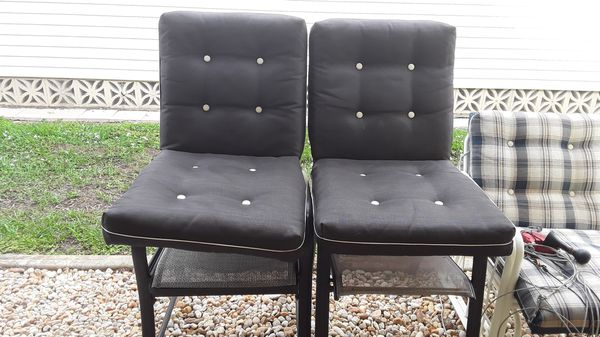 2 Brown Patio Cushions For Sale In Fort Myers Fl Offerup