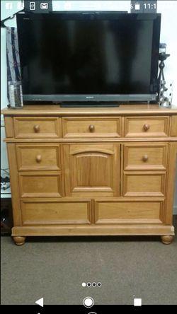 Solid wood Dresser Thumbnail