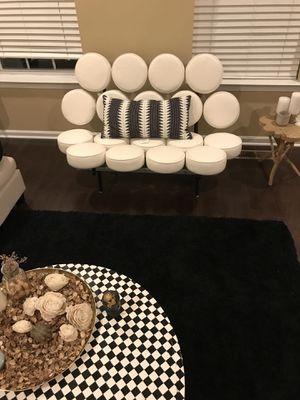 Love seat chair for Sale in Manassas, VA