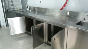 """10'L x 30""""W x 36""""H Commercial stainless steel sink for Sale in Tampa, FL"""