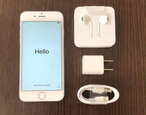 Apple iPhone 6 32GB FACTORY UNLOCKED EXCELLENT CONDITION for Sale in Ashburn, VA
