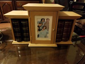 Photo Album Holder with Keepsake Closet for Sale in St. Louis, MO