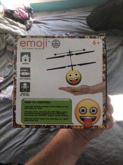 Helicopter emoji Thumbnail