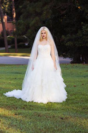 NEW W/ TAGS Oleg Cassini Wedding Gown for Sale in Atlanta, GA