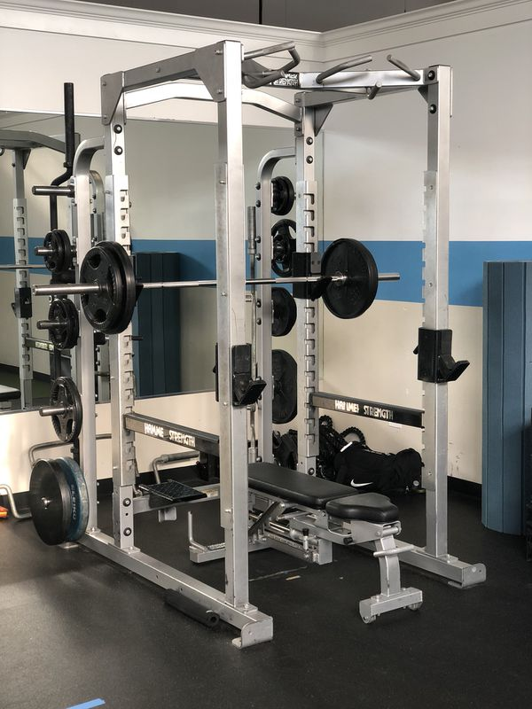 Hammer Strength Power squat rack commercial gym equipment for Sale in  Northfield, IL - OfferUp