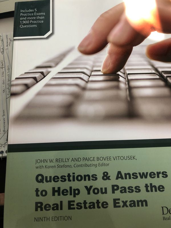 9th Ed  Questions and Answers to Help Pass Your Real Estate Exam - Florida  for Sale in Davenport, FL - OfferUp
