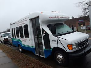 Ford Shuttle Bus for Sale in Chantilly, VA