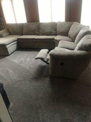 Photo Ashley furniture sectional