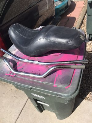 Photo Harley Davidson seat came off of the 2005 Dyna Lowrider in handlebars your choice