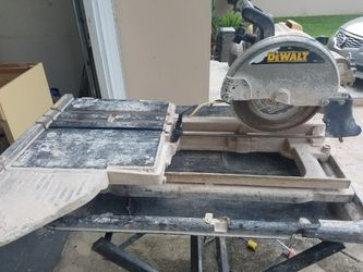 Wet saw marble and tile cutter works great and new blade Thumbnail