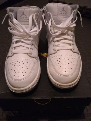 White Jordan 1's (size 10 w/ box) for Sale in Richmond, VA