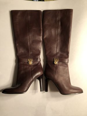 Michael Kors brown Delaney leather like new 7.5 zip heel boots for Sale in Wernersville, PA