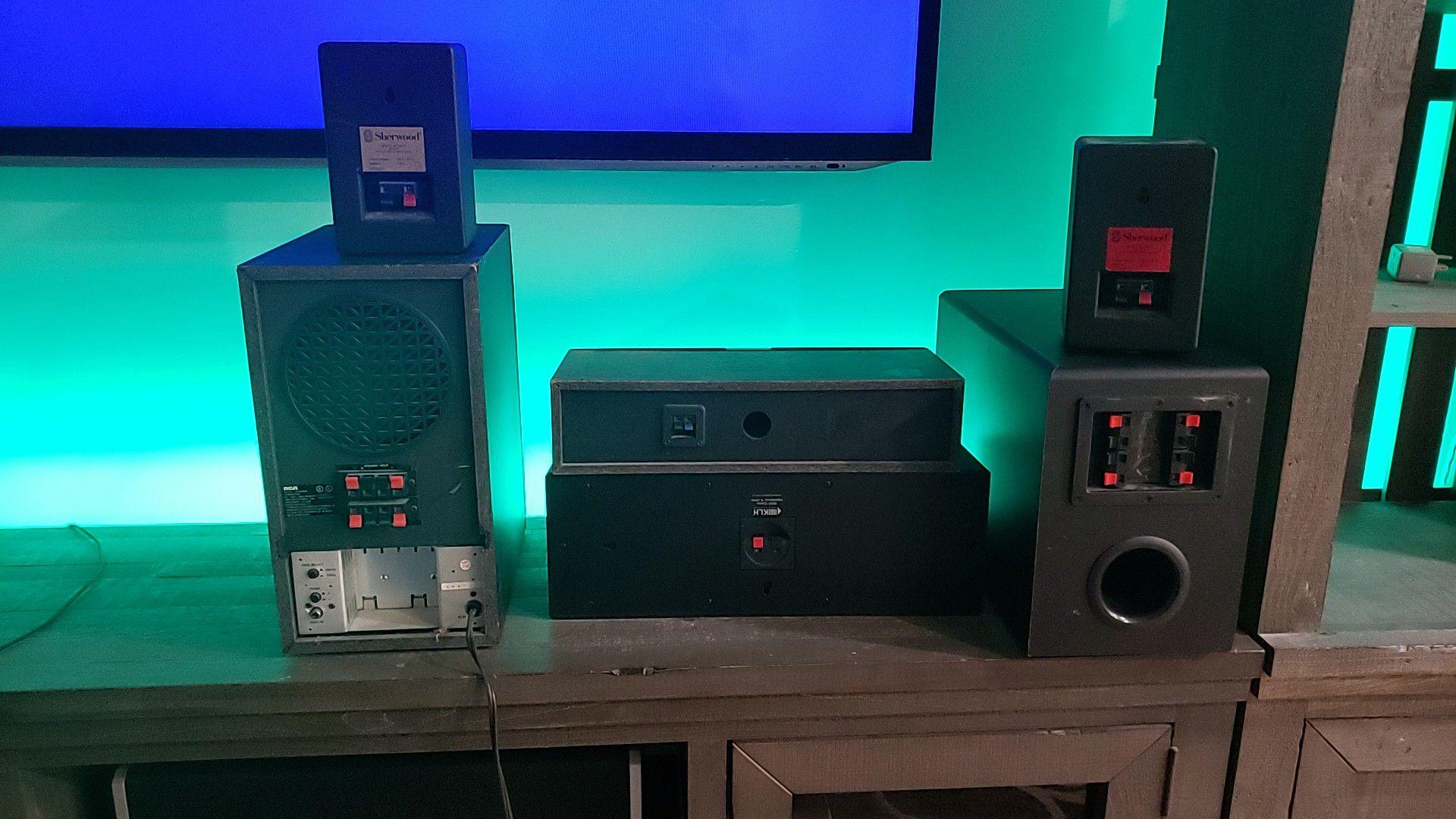 Speakers surround sound