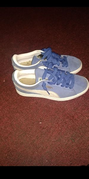 Blue Pumas size 6.5 for Sale in Gardena, CA
