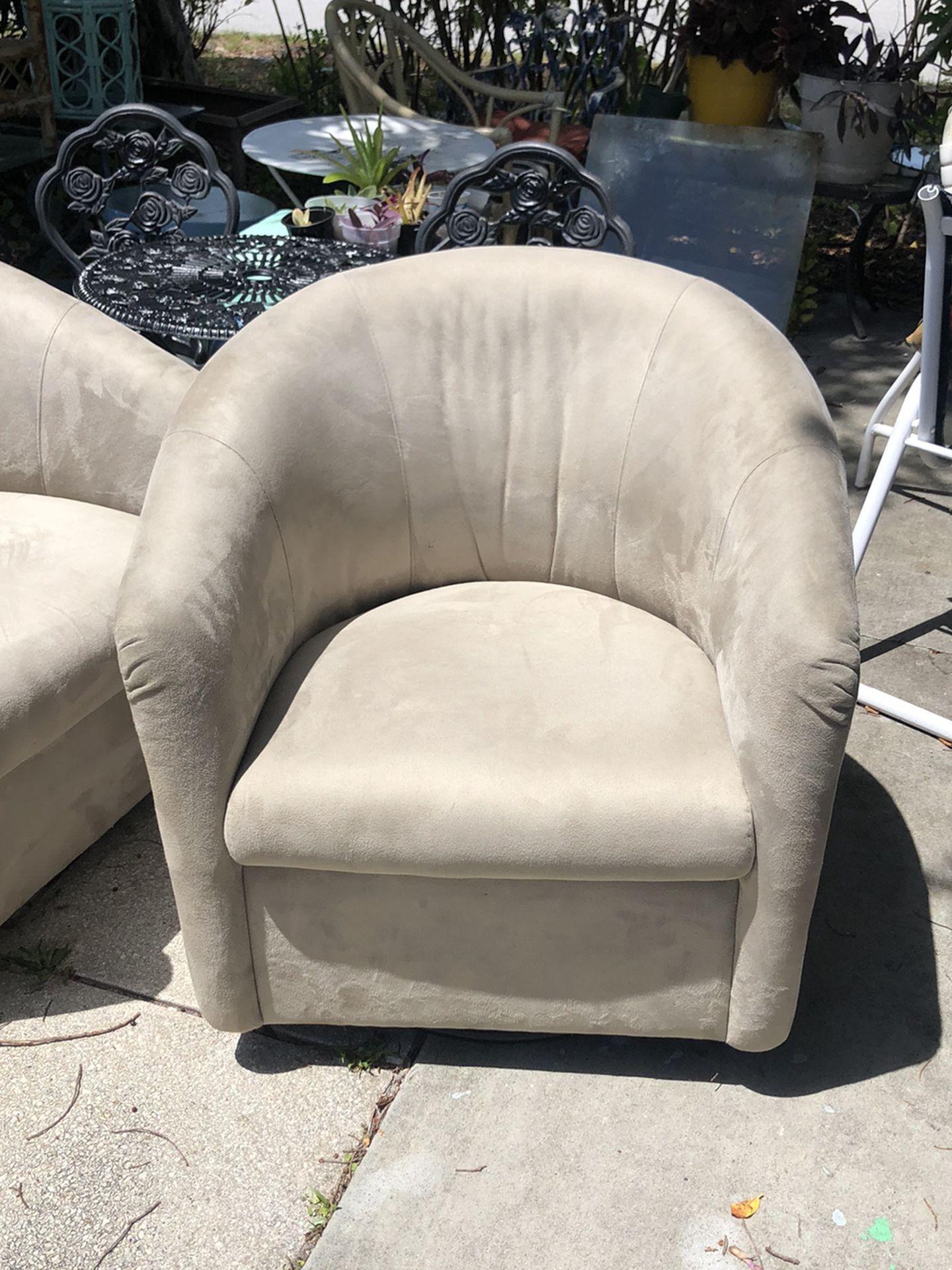 Natuzzi Chairs