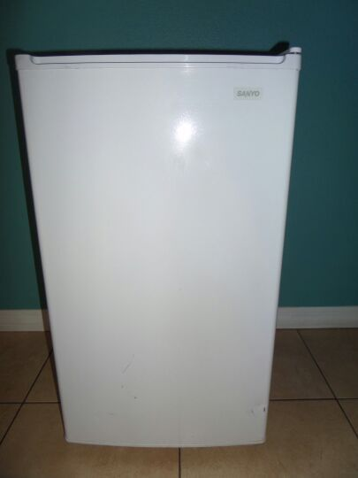 Sanyo White Mini Fridge Model Sr 366w For Sale In Orlando
