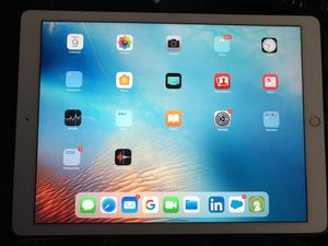 "Perfect condition 12.9"" Wifi Gold iPad Pro- negotiable price for Sale in Chicago, IL"