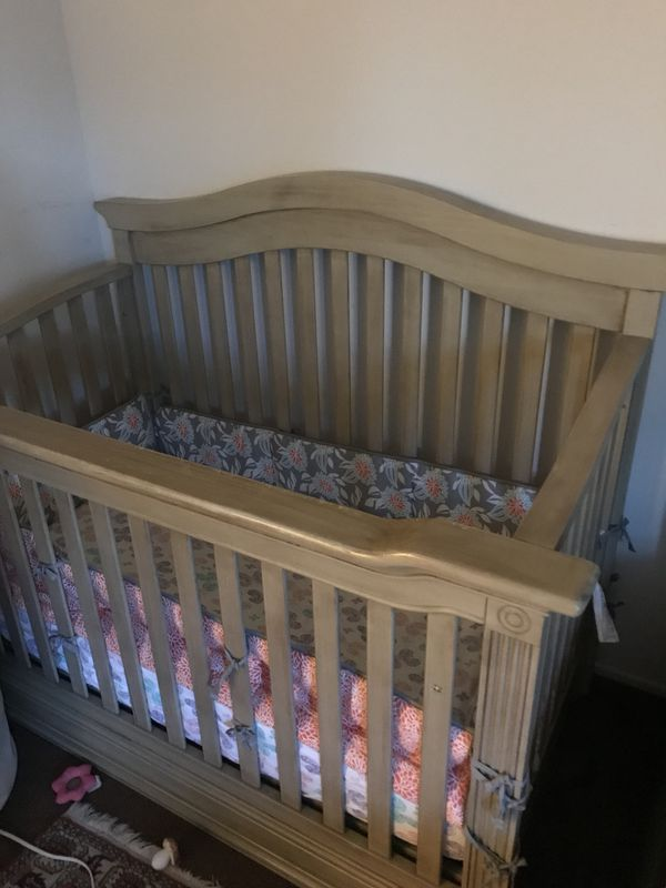 Convertible Crib Driftwood Baby Cache Montana 4 In 1 For Sale In