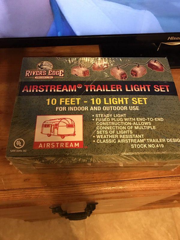 Airstream travel lights